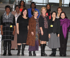 Bärbel Kofler mit Gabriela Heinrich, MdB und Michaela Engelmeier, MdB und Botschafterinnen in Berlin
