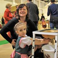 Bärbel Kofler besucht die Grüne Woche in Berlin: Vom Melkdiplom zum fairen Handel weltweit - Messe zeigt große Bandbreite