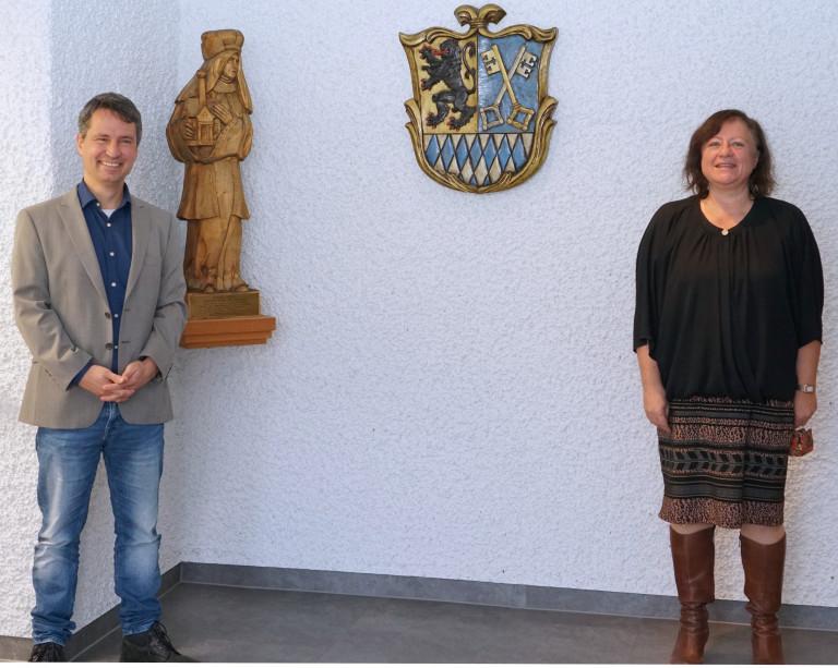 Bürgermeister Markus Hiebl und Dr. Bärbel Kofler, MdB